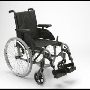stabiler Rollstuhl Invacare Active 1 NG