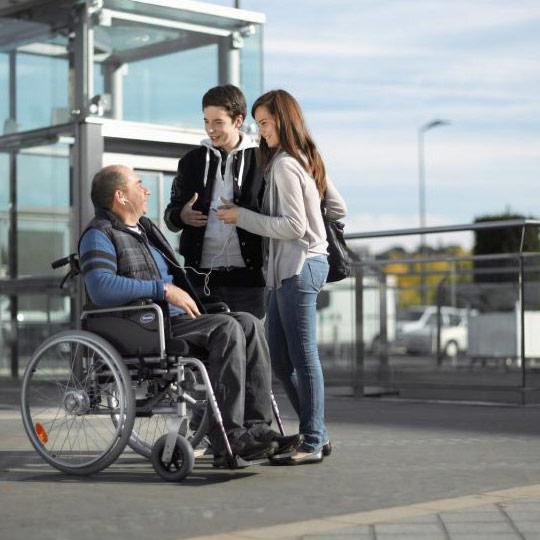 Standard Rollstuhl Invacare Action 1 ng